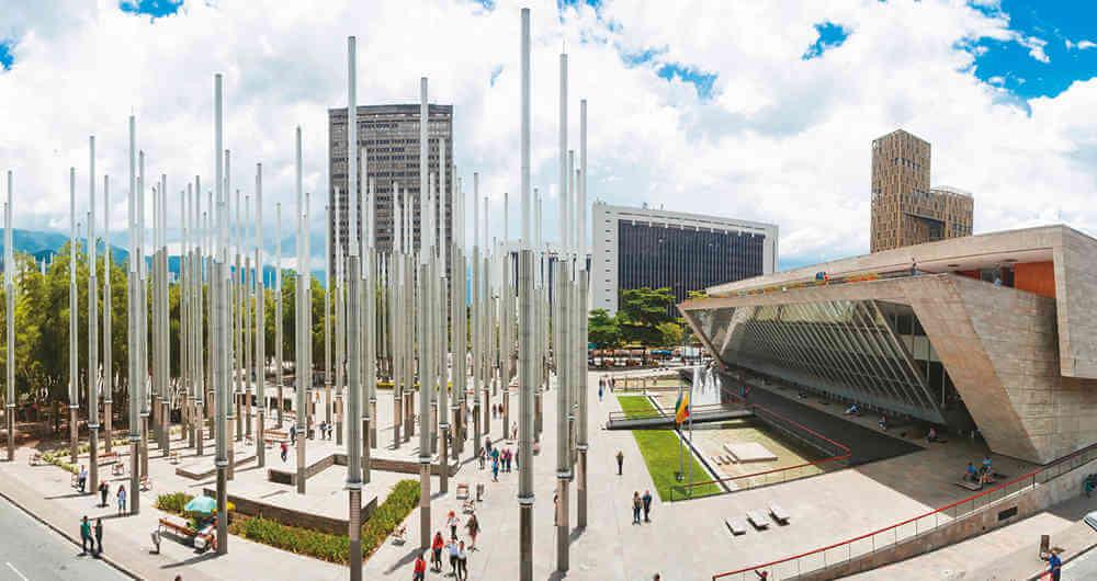 Fuso horário de Medellín X Brasil