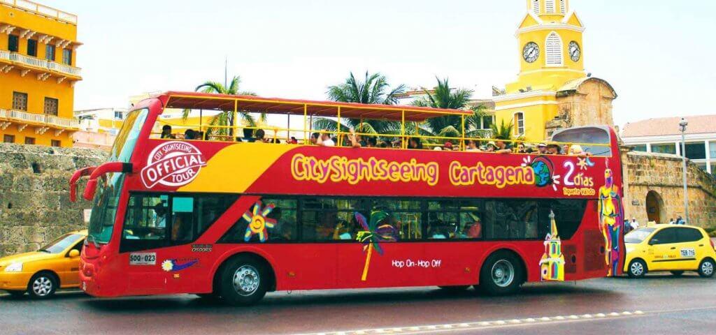 Passeio de ônibus turístico CitySightSeeing em Cartagena